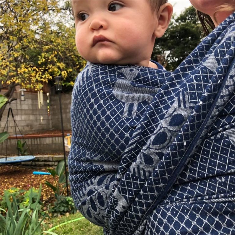 Pfau Very Blue Wool Woven Baby Wrap photo review