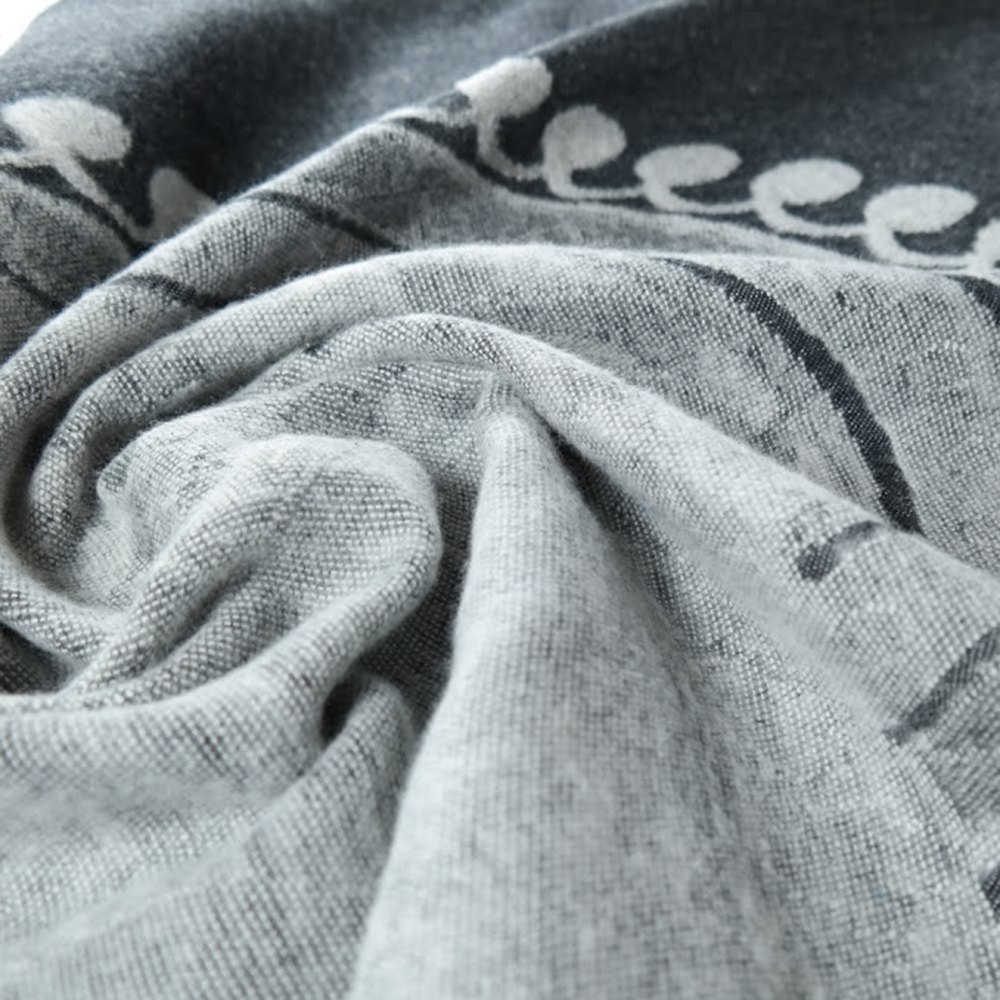 Didymos Fairytale Monochrome Brushed Woven Baby Wrap 3